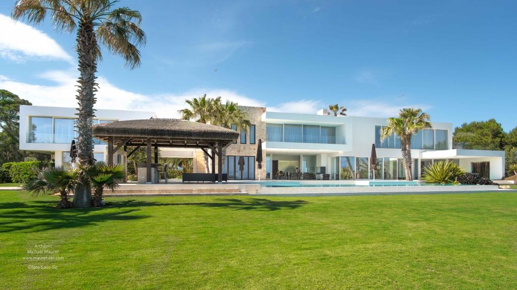 Die Villa in Spanien