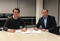 Thomas Scheriau, ELK Geschäftsführer (links) und Diego Freydl, H 2.0 Fertighaus GmbH Geschäftsführer (rechts).