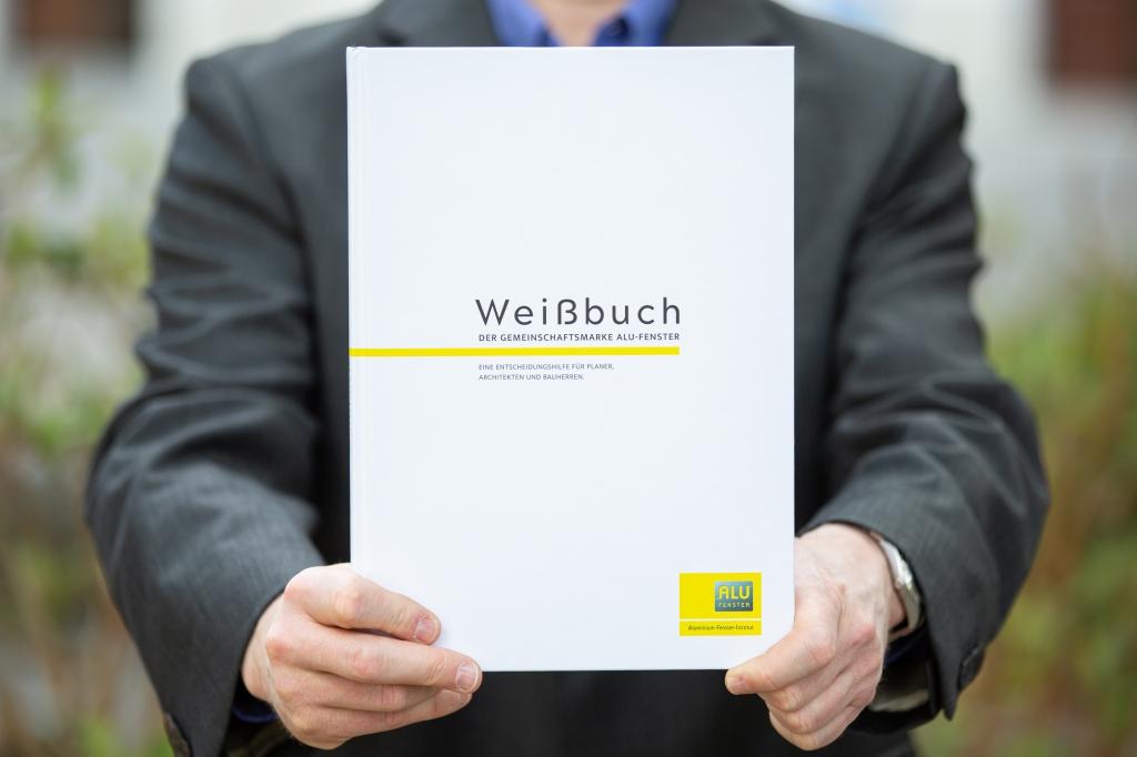 Weissbuch für Alu-Fenster