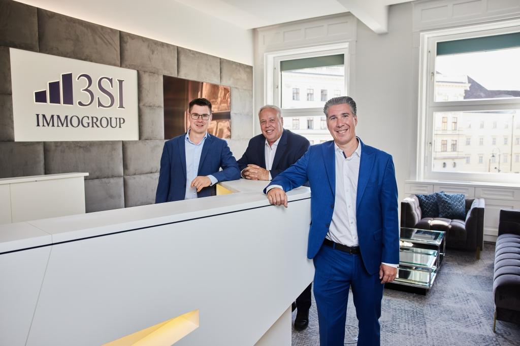 Die Schmidts im neuen Büro